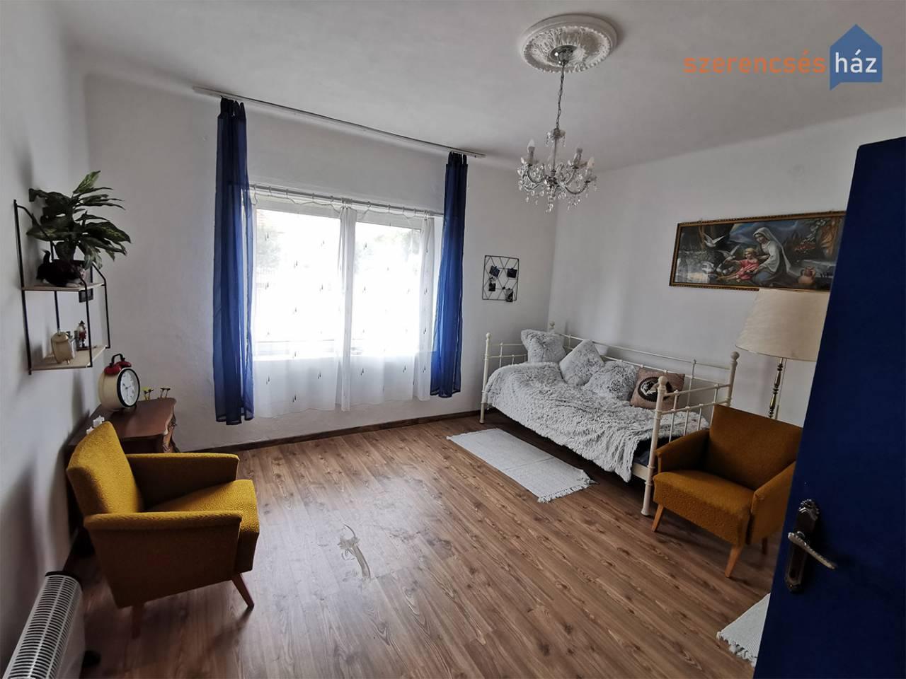 Családi ház nagy telekkel Sopronkövesden